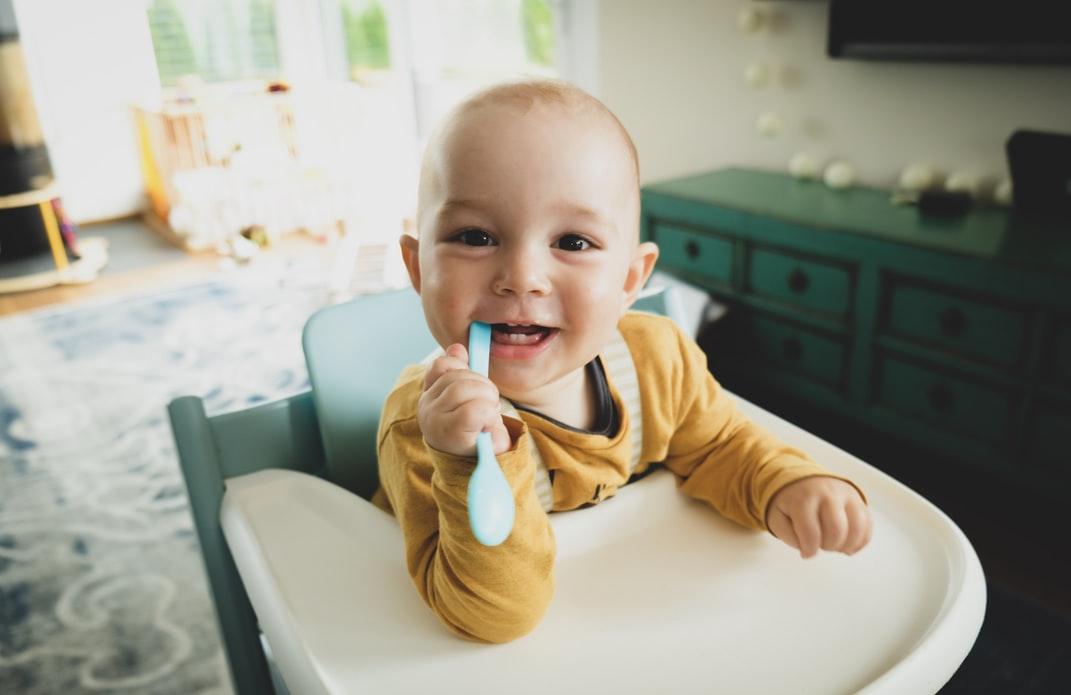 Primeros dientes de los bebés